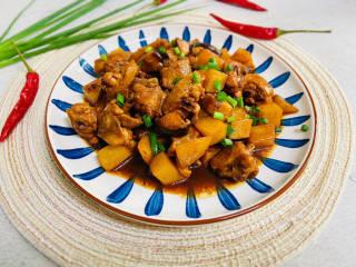 土豆香菇焖鸡,好吃到爆!有荤有素,一上桌就秒光!