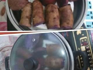 又香又脆的紫薯饼,斩小块上锅蒸熟