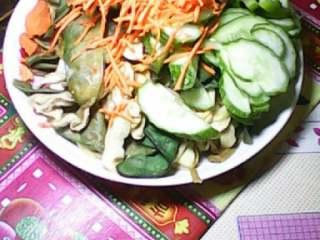 群英荟萃,4把黄瓜切片萝卜切丝放一块