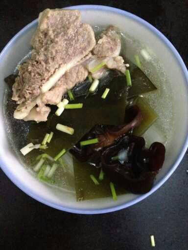 萝卜筒骨汤