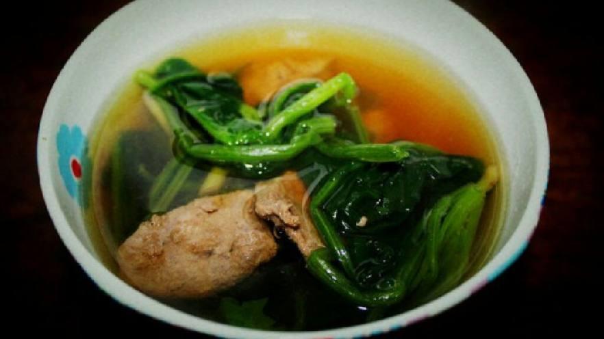 猪干菠菜汤
