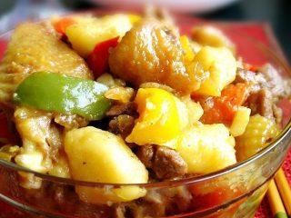 家常鸡肉烩蔬菜