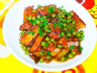 碗豆回锅肉