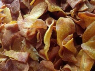 香脆可口的红薯片