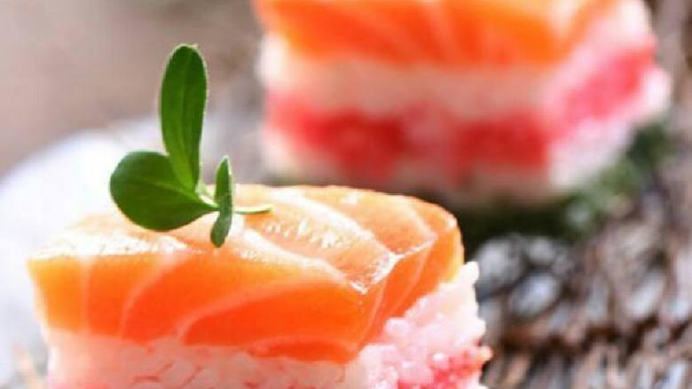 鲑鱼箱寿司