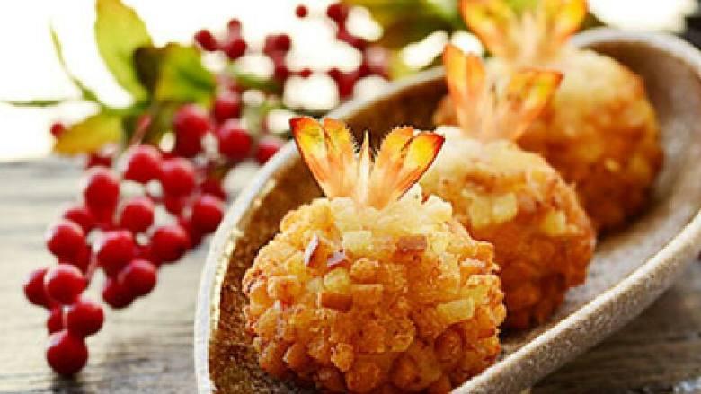 灌汤石榴鲜虾球