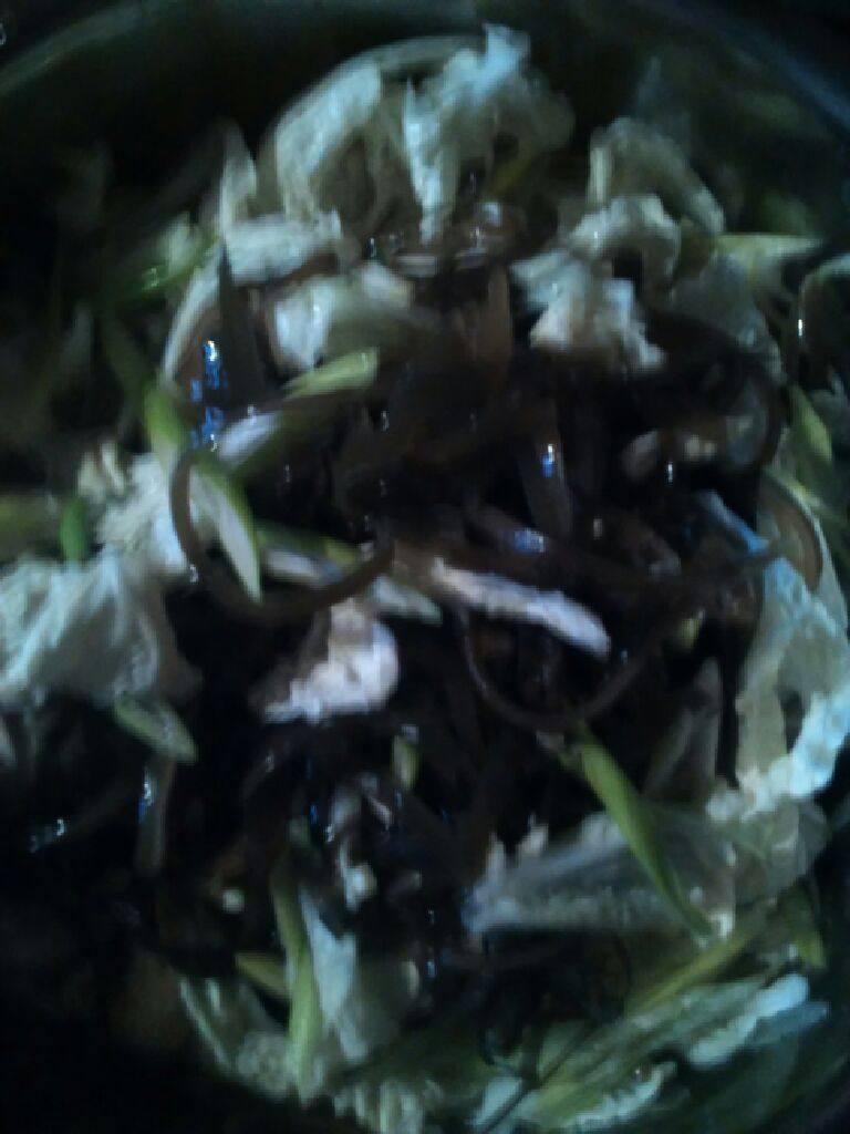 凉拌白菜叶海带