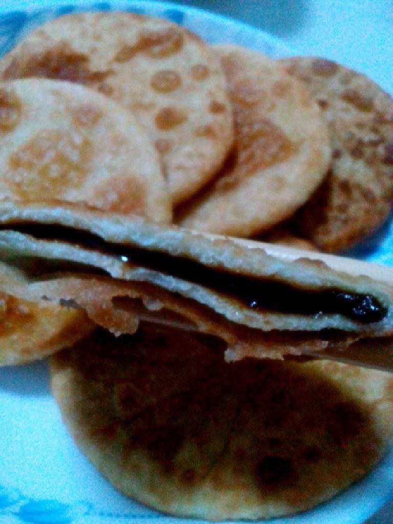 红糖烫面饼,饼里面的呼之欲出的红糖馅。