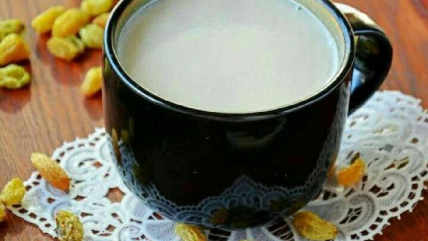 香蕉葡萄干豆浆