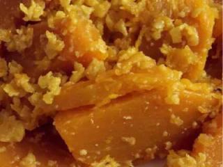 咸蛋黄焗南瓜,简单好吃到爆。